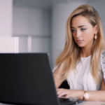 Can The Right Webcam Jobs Really Be the Opportunity of a Lifetime